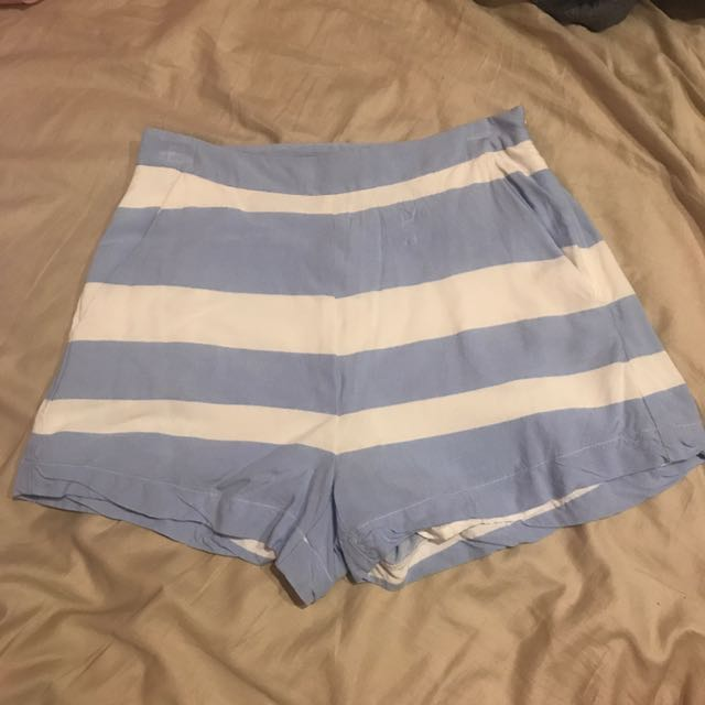 Kookai high waisted mini shorts size 38