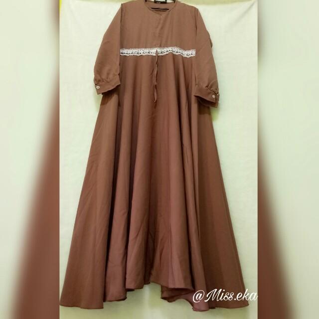 Maxi Dress Brown Lace