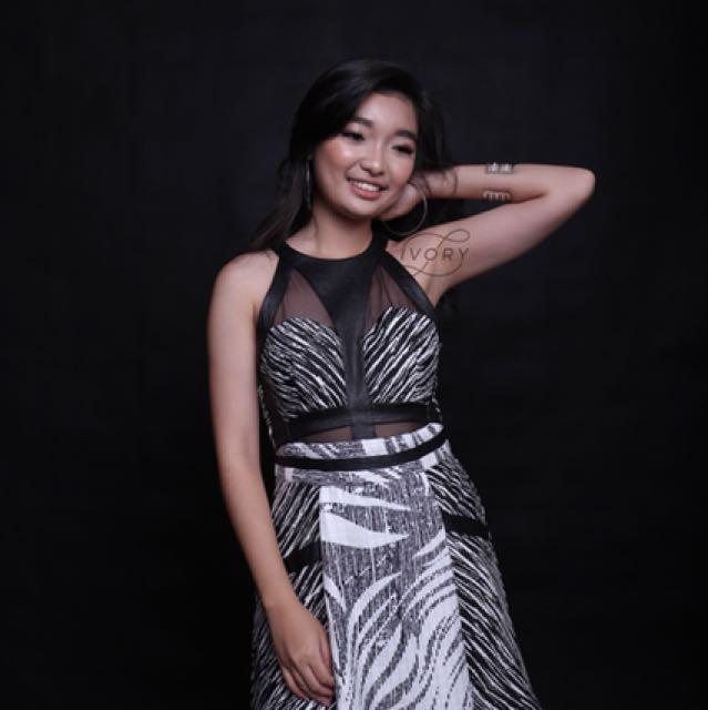 Monochrome 3Floor dress