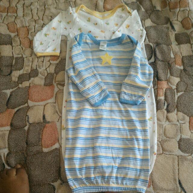 Newborn Sleepsuits/gowns