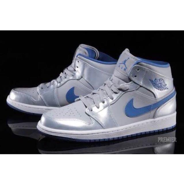 get cheap 077aa fa3c5 Nike Air Jordan 1, Men s Fashion, Footwear, Sneakers on Carousell
