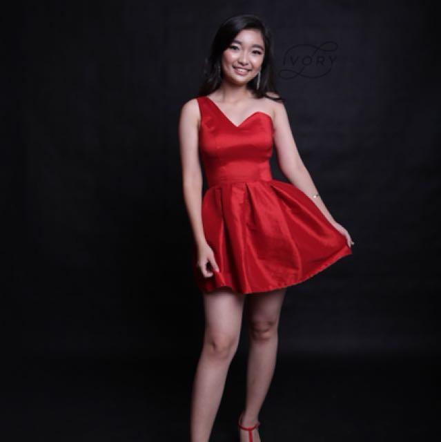 Nikita side dress