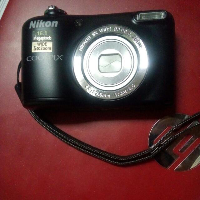 NIKON COOLPIX digital camera AUTHENTIC