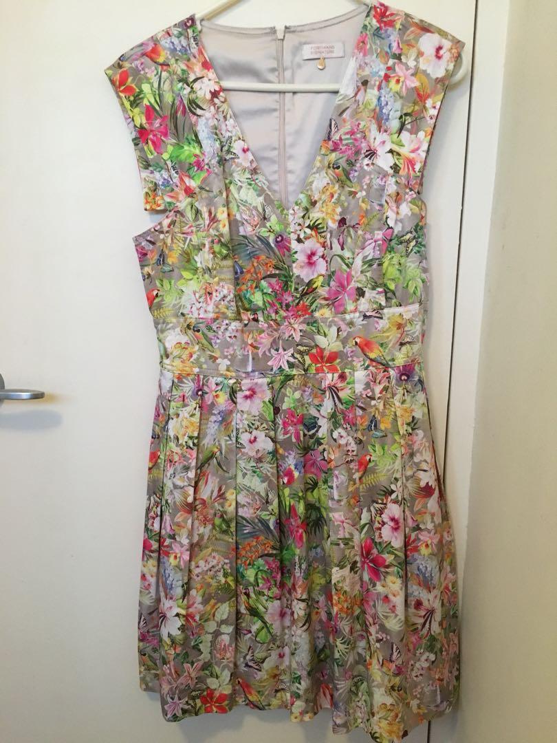 NWOT Portmans Signature floral dress size 10 small