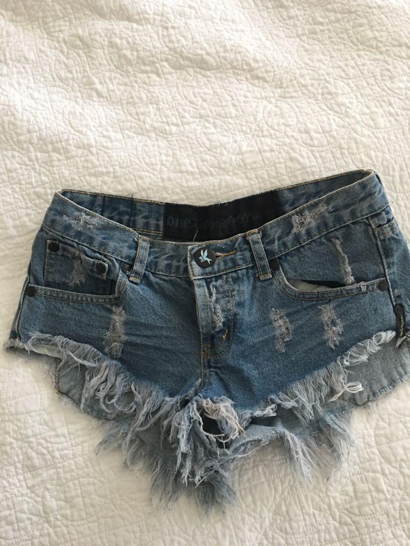 One Teaspoon Bandit Shorts size 22