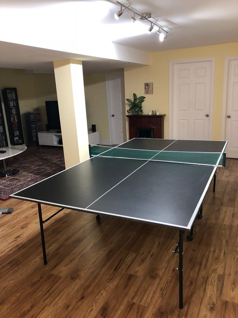 Ping Pong Table + Accessories