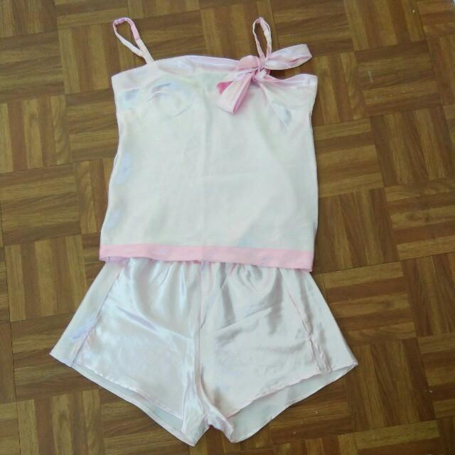 Pink Silky Nighties Terno