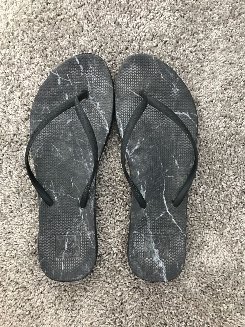 REEF Jandals Size 8