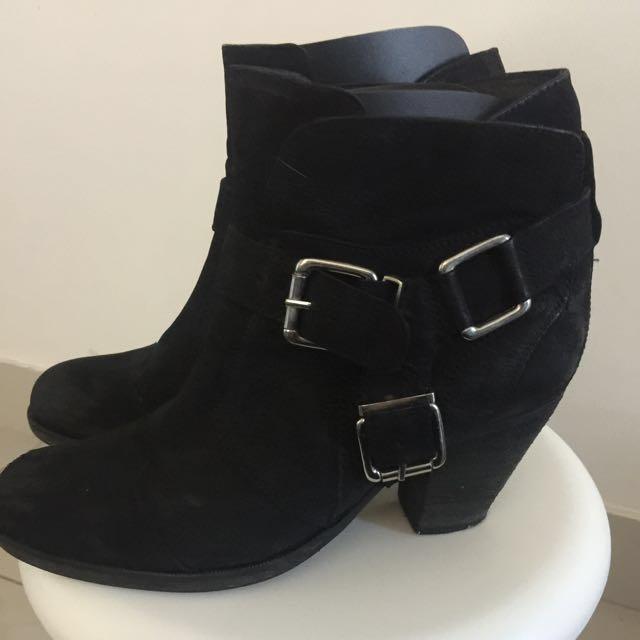 Sportsgirl Leather Boots
