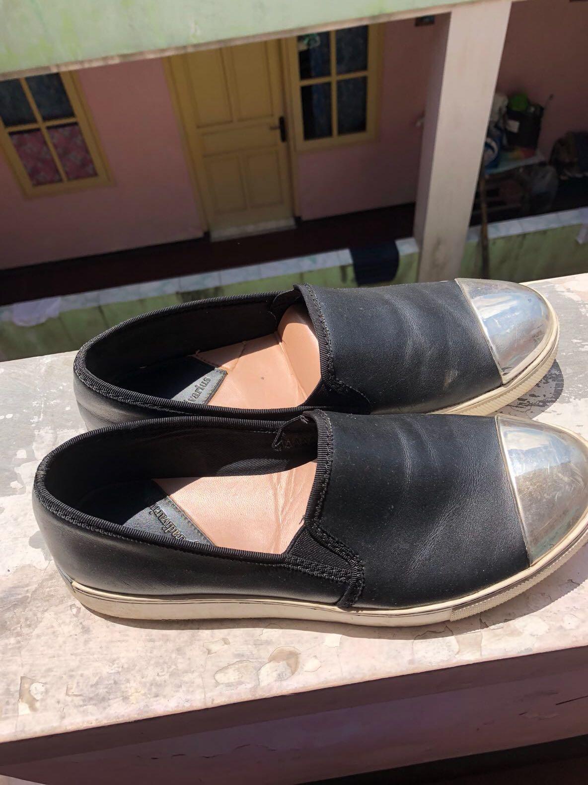 Stradivarius Sepatu