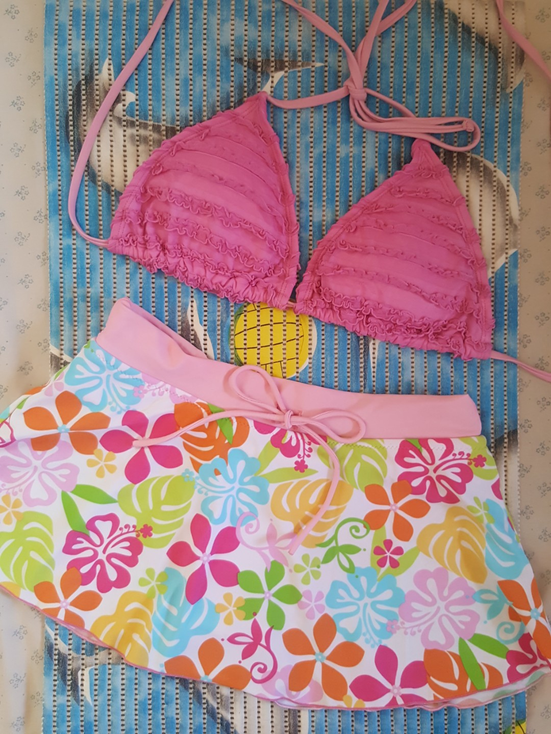 ☝️Swimsuit Pair (Triangle Bikini top & Floral Skirtini bottom)