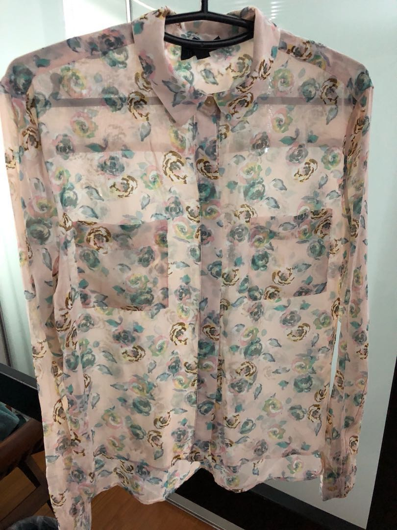 60dce31a8c833e TOPSHOP Floral Blouse, Women's Fashion, Clothes, Tops on Carousell