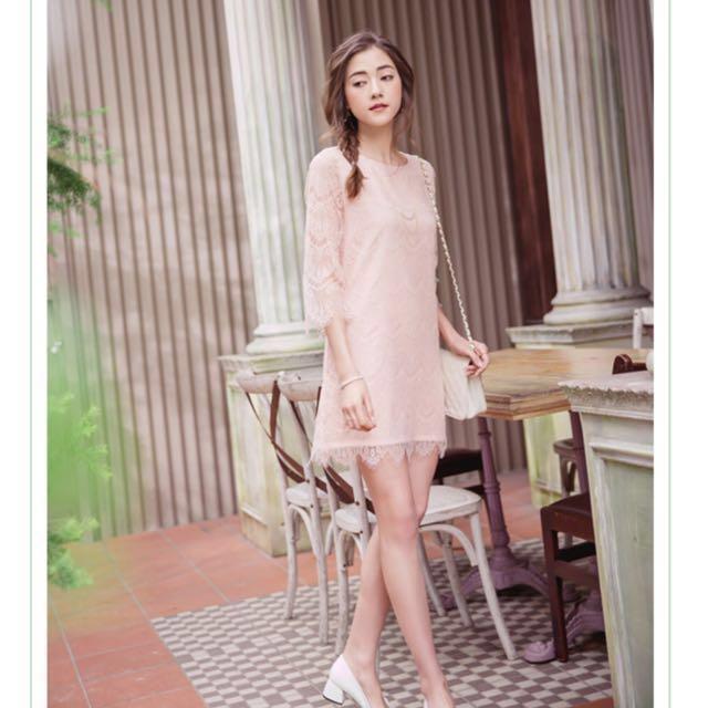 東京著衣【YOCO】柔美層次睫毛蕾絲洋裝-粉色
