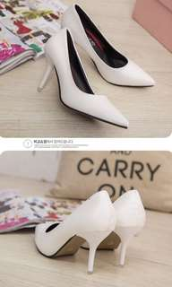 High heels Court Shoes (White)