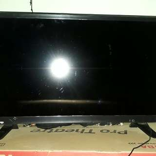 TV TOSHIBA LED 24inch TIPE 24L1600