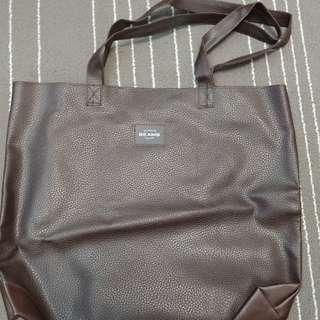Beams 皮料tote bag