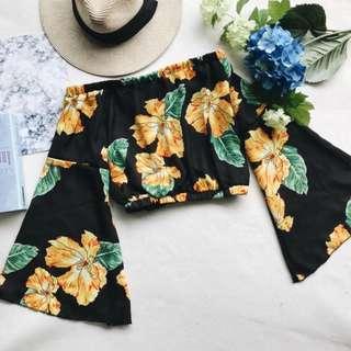 Instock Floral Printed Bell Sleeve Off Shoulder Top (Free Mailing)