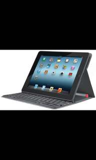 LOGITECH Solar Keyboard Folio for iPad 2 No sun required NEW