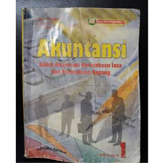 Buku Akuntansi, Siklus perusahaan Jasa dan dagang