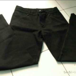 Celana kerja Black