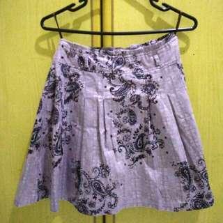 Neu Mor Batik Mini Skirt