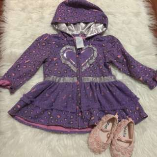 Fashionable jacket with hoodies for your baby girl