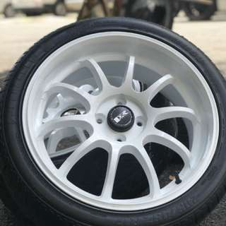 Advan rz-d 17 inch sports rim civic es tyre 70% . Main gym dekat old town, ini rim you pakai confirm no 1. In town!!!
