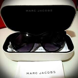 MARC JACOBS 黑色太陽眼鏡 😎