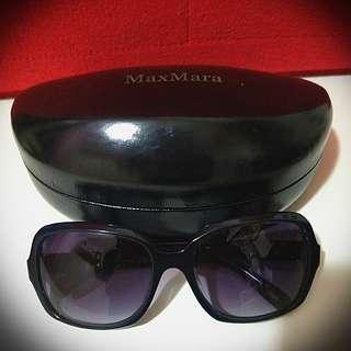 MaxMara 黑色太陽眼鏡 😎