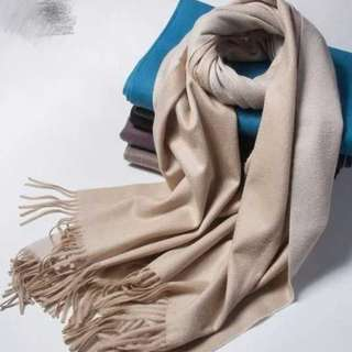 (BRAND NEW) Oyster Ripple finish double-faced cashmere shawl