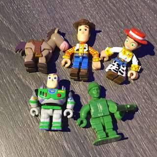 🚚 迪士尼積木人公仔 玩具總動員款