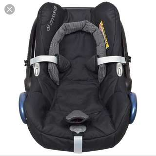 Maxi cosi carbriofix baby carrier