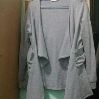 灰色中厚外套