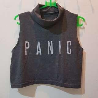 "Crop Turtle Neck ""PANIC"""