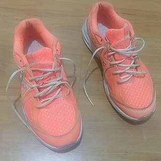 REPRICED* New Balance 767 Women's Training Shoes