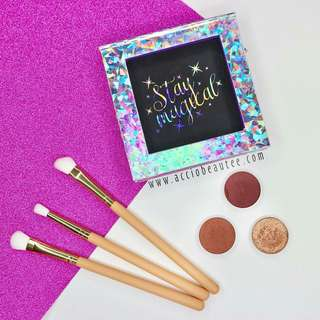 FerraRossa Glam Eyeshadow Trio + Stay Magical Empty Magnetic Palette
