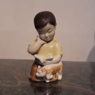 CR Porcelain Figurines