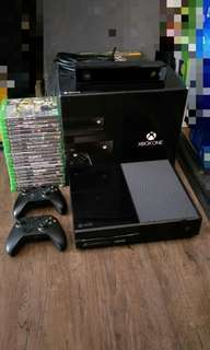 Xbox One + 8 Games
