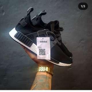 Sepatu Adidas NMD XR1 black white