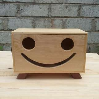 Kotak tissue smile sutan.kotak tisu kayu.tissue box