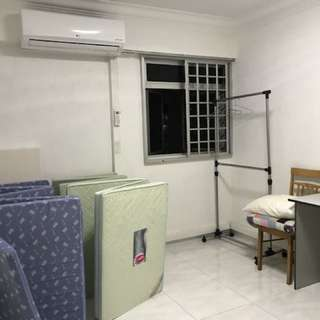 Near Aljunied MRT(EW9)(108 Aljunied Crescent)(aircon$650)!