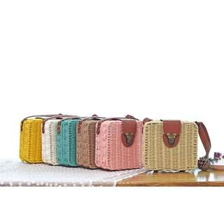 square wooven/rattan Sling bag
