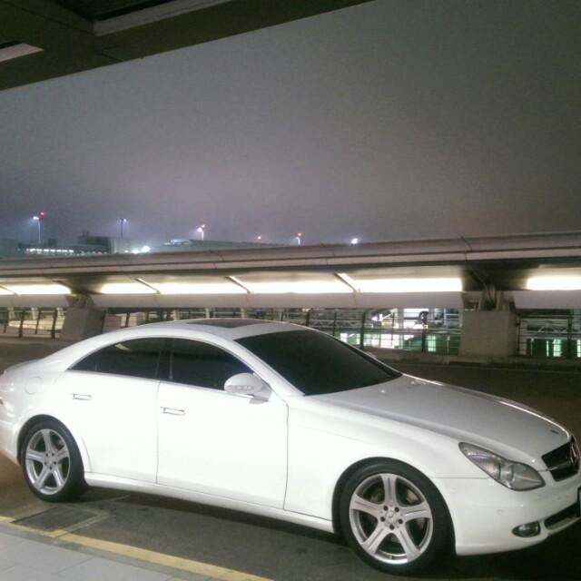 05年BENZ CLS350車況極佳-白色