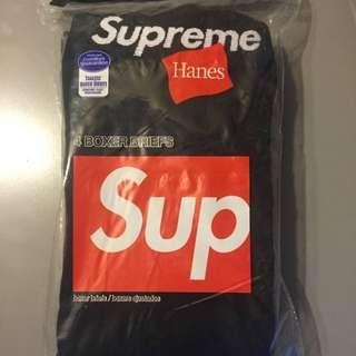 Supreme X Hanes underwear