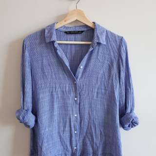 Zara Button Down size S
