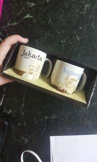 Starbucks demi set jakarta and indonesia