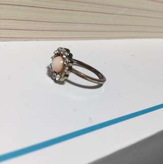 Ring (size 3-4)
