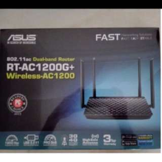 BNIB  sealed asus rt-ac1200g+ router