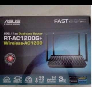 BNIB  sealed asus rt-ac1200g+ router