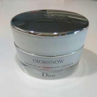 diorsnow brightening moist cloud creme cream